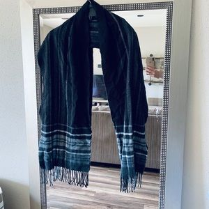 Cute and Soft Black and White Scarf